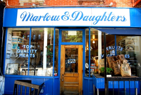 Marlow_and_Daughter_Exterior-1l9aqy2