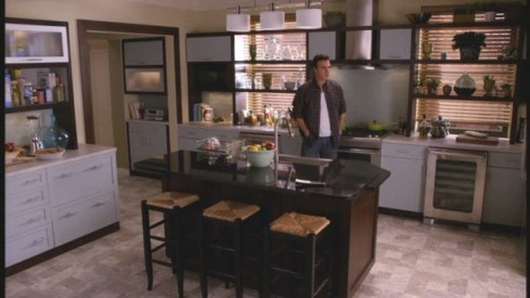 Peter-Florrick-The-Good-Wife-Kitchen-611x343